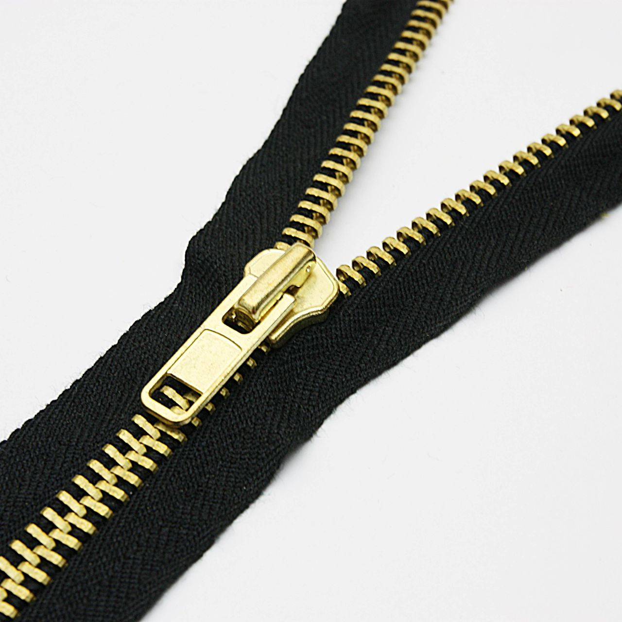 Nomex® IIIA Brass Teeth Zipper1